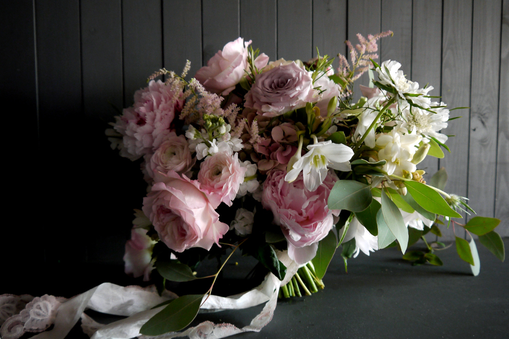 Bloomingayles - creative and artistic floral designer and wedding florist, Sevenoaks Kent (7)
